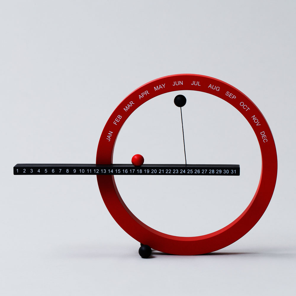 【万年カレンダー3選】新しい年に心機一転したいカレンダーは万年タイプが便利