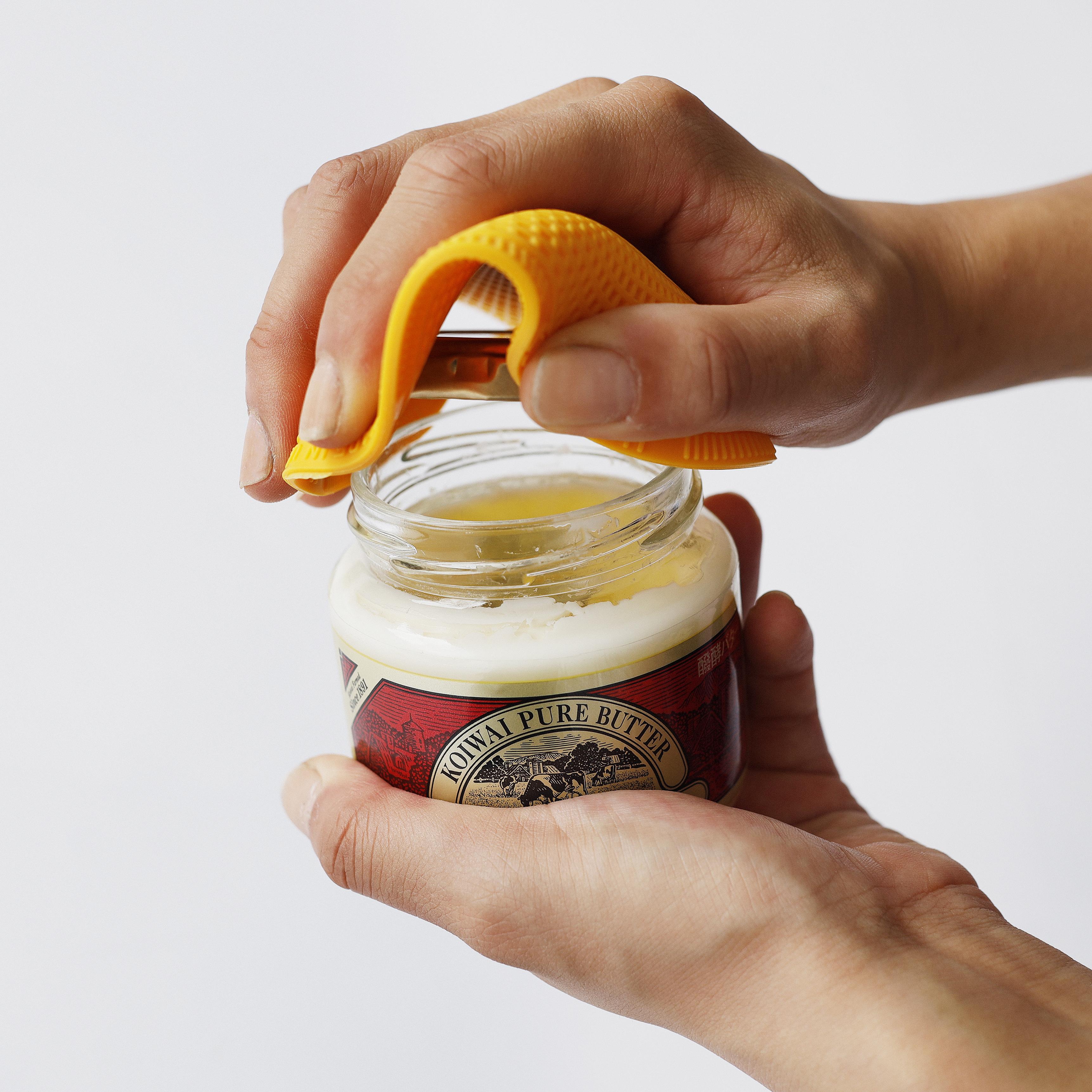 開かない瓶のフタの解決策。アメリカの家庭で人気のオープナー、ハンディエイドを使えば解消